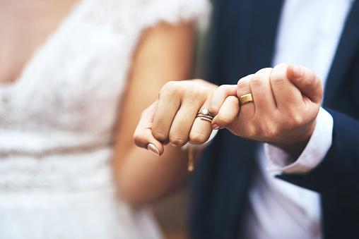 ou-faire-des-faire-part-de-mariage-originaux-et-pas-cher